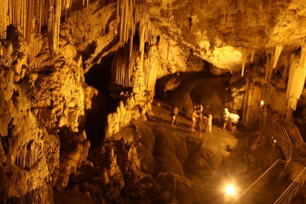 antiparos cave 1024x683