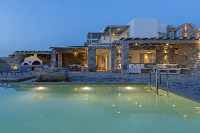 Mykonos luxury villa Lotus in Kanalia