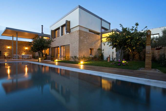 Crete luxury villa Mandarina in Chania