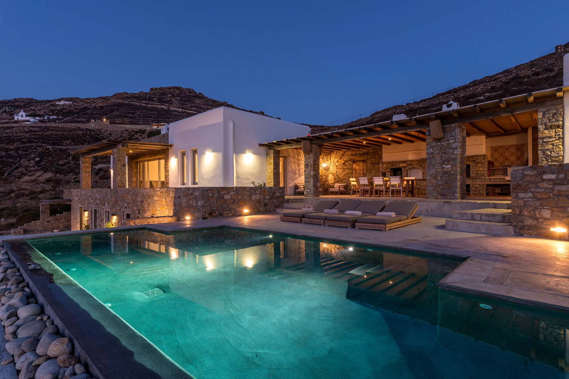 Mykonos luxury villa Sibylle in Ftelia