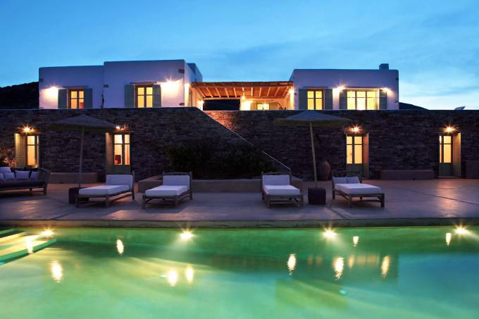 Antiparos luxury villa Salvia in Magganies