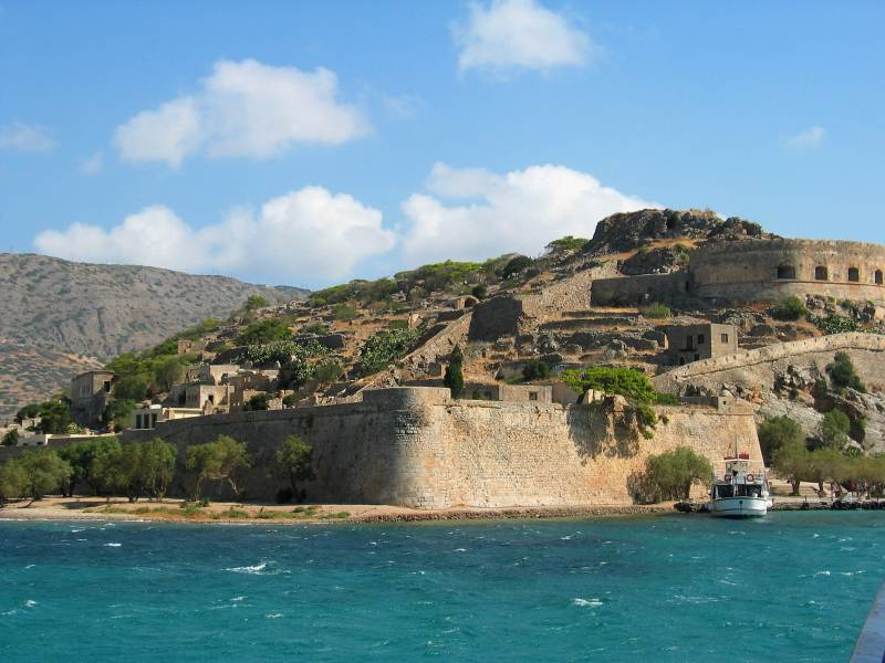 Spinalonga: An island of history and antithesis