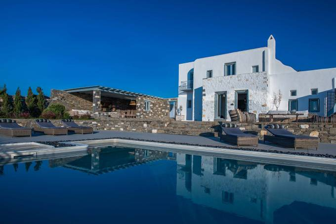 Paros luxury villa Dryos I in Chryssi Akti