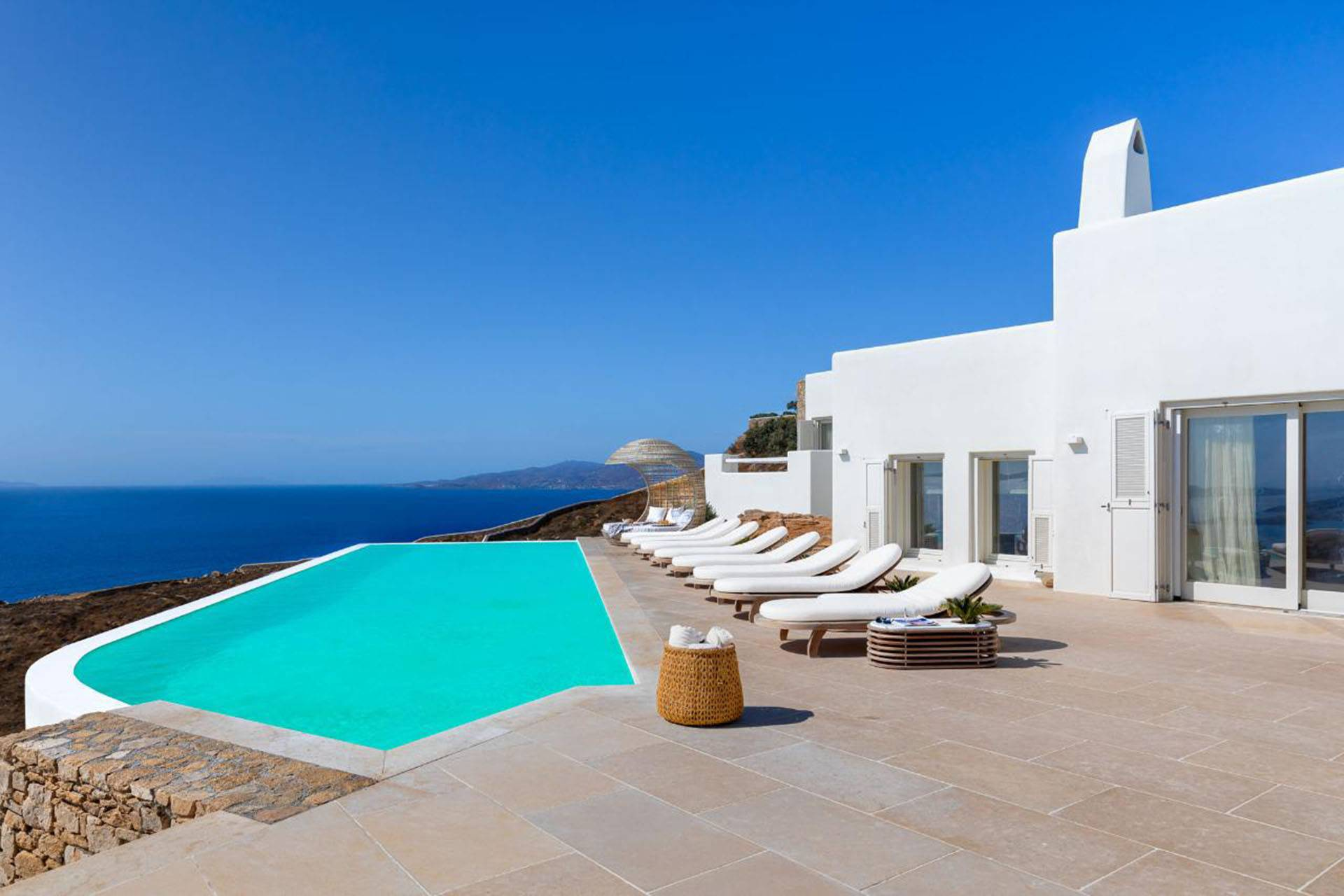 Mykonos luxury villa Delphine in Tourlos