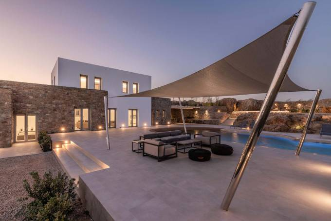 Mykonos luxury villa Carmen in Agrari