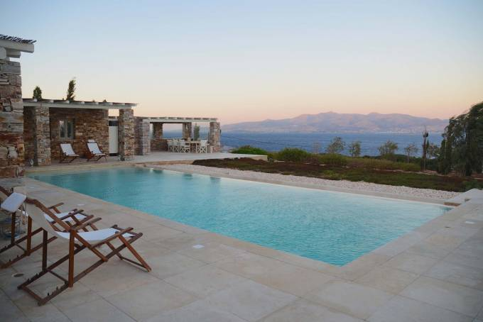 Antiparos luxury villa Cachette in Faneromeni