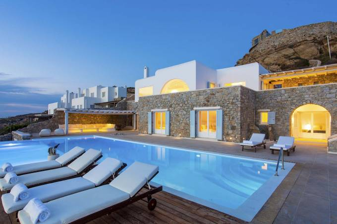 Mykonos luxury villa Horatia in Aghios Lazaros