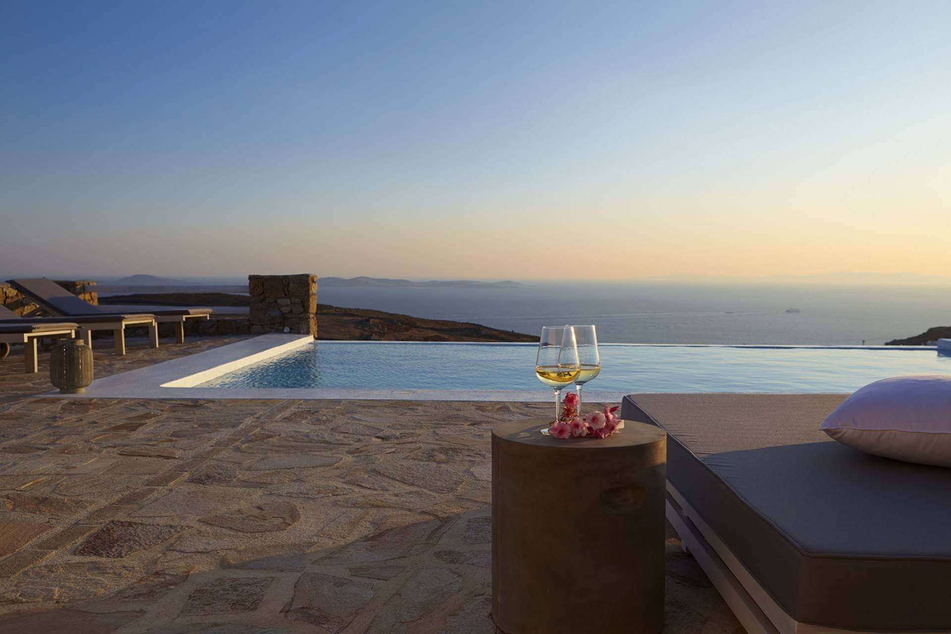 Mykonos luxury villa Evelyn in Fanari