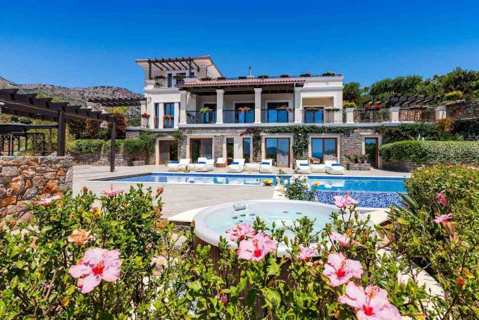 Crete luxury villa Purity in Elounda