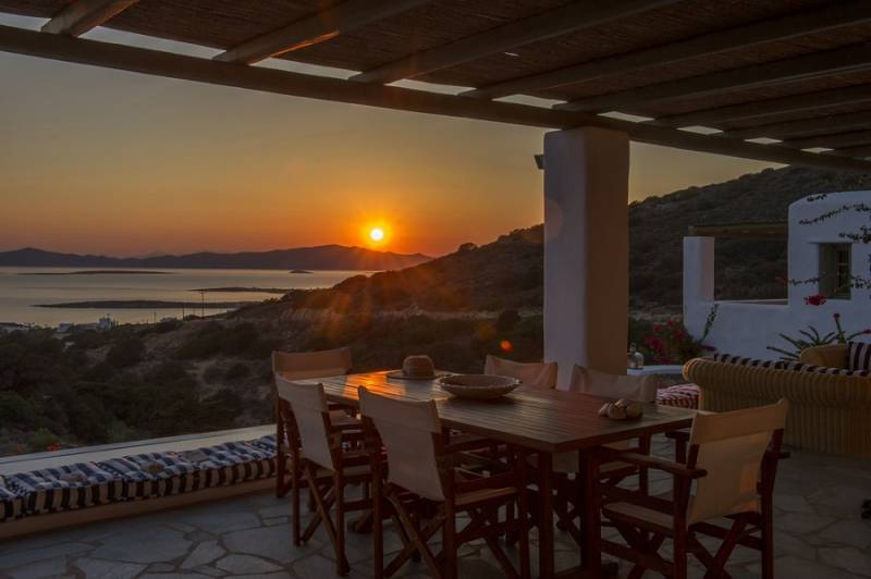5 Paros villas to Instagram in