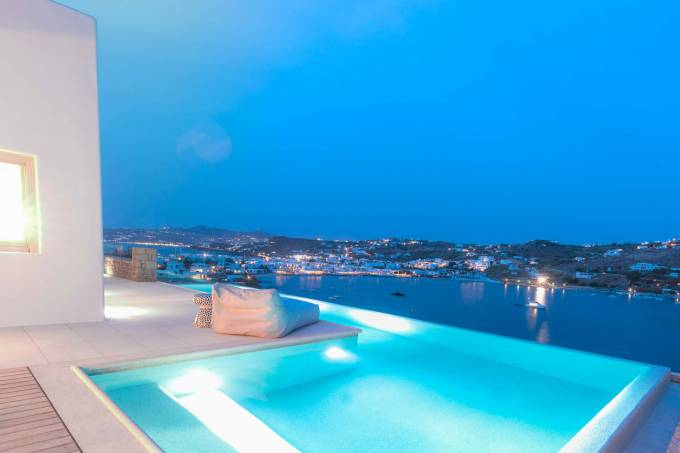 Mykonos luxury villa Ariela in Ornos