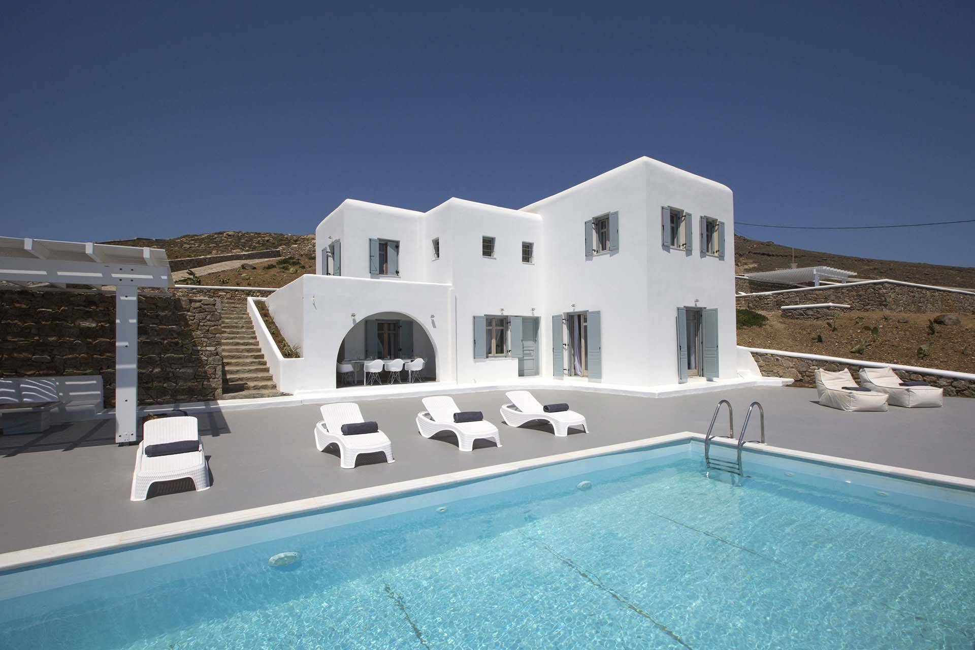 Mykonos luxury villa Amber in Tigani