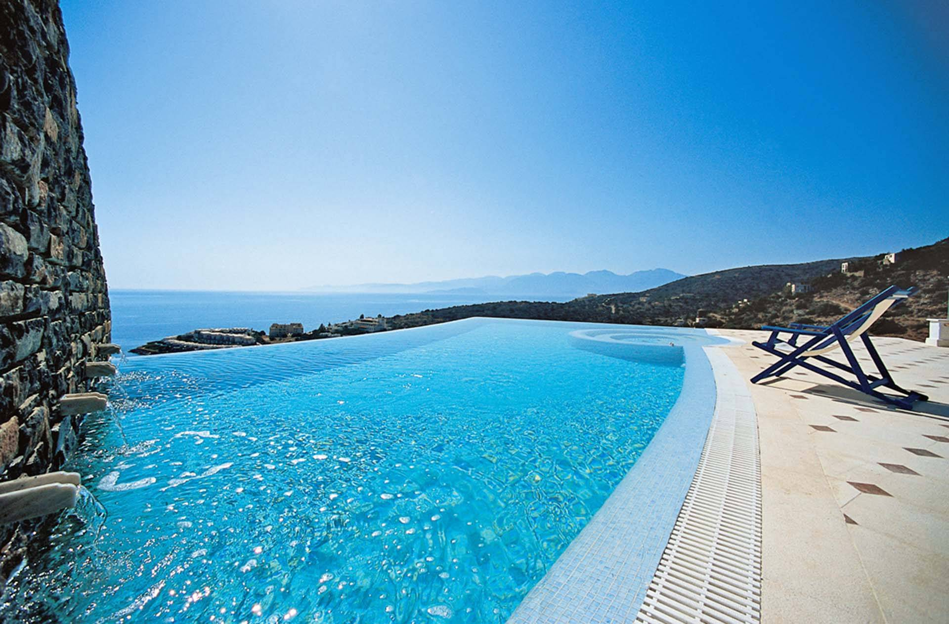 Crete luxury villa Executive Spa in Elounda