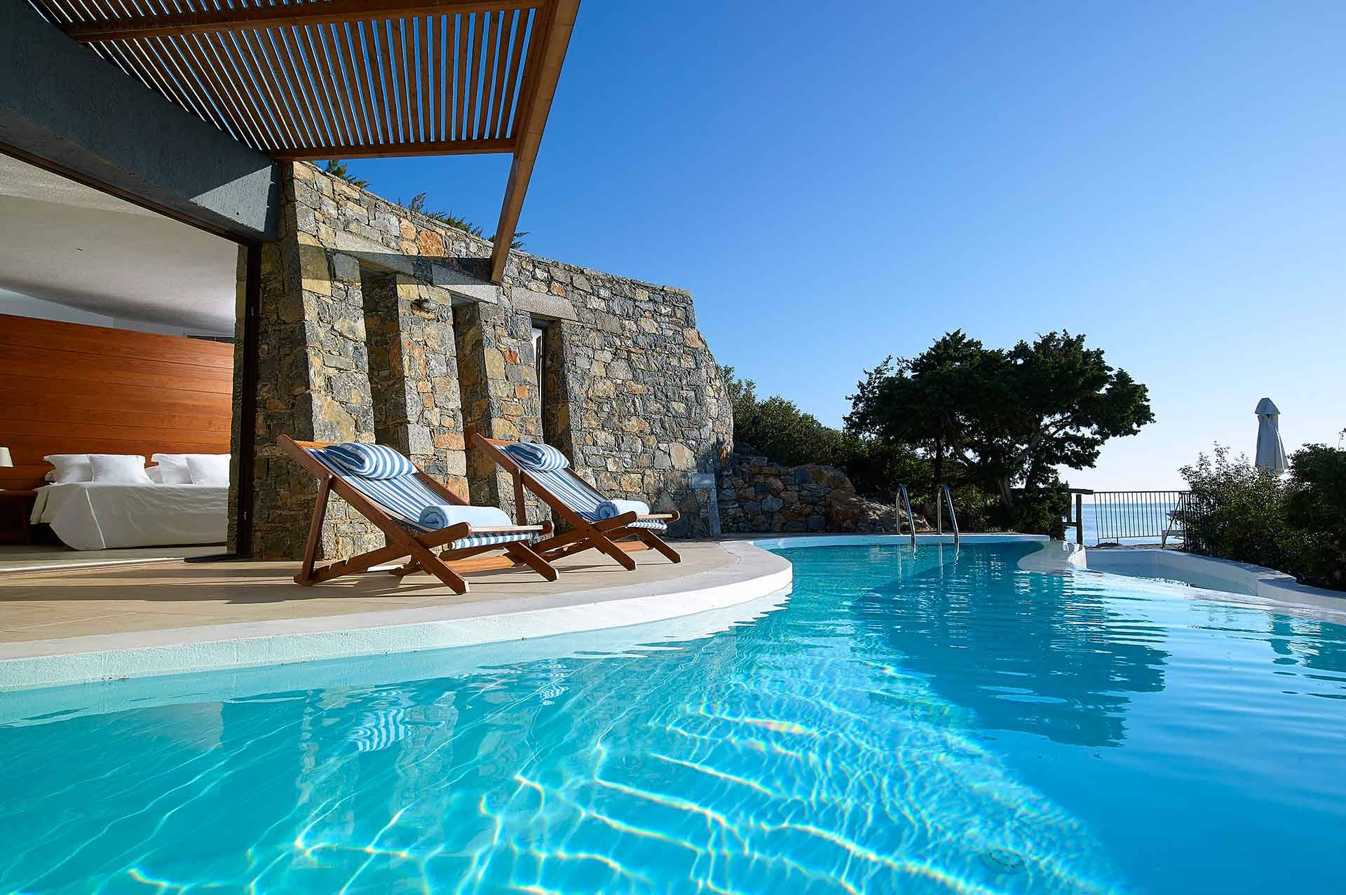 Crete luxury villa Daphne and Chloe Studio in Agios Nikolaos