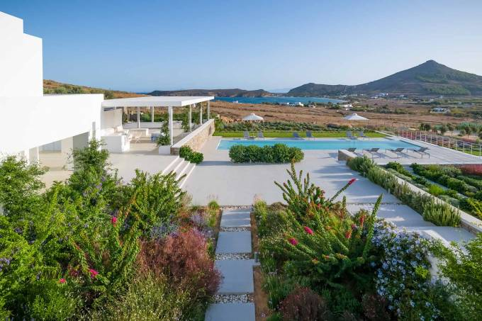 Paros luxury villa Isabella in Molos