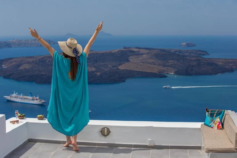 Going Solo in Santorini