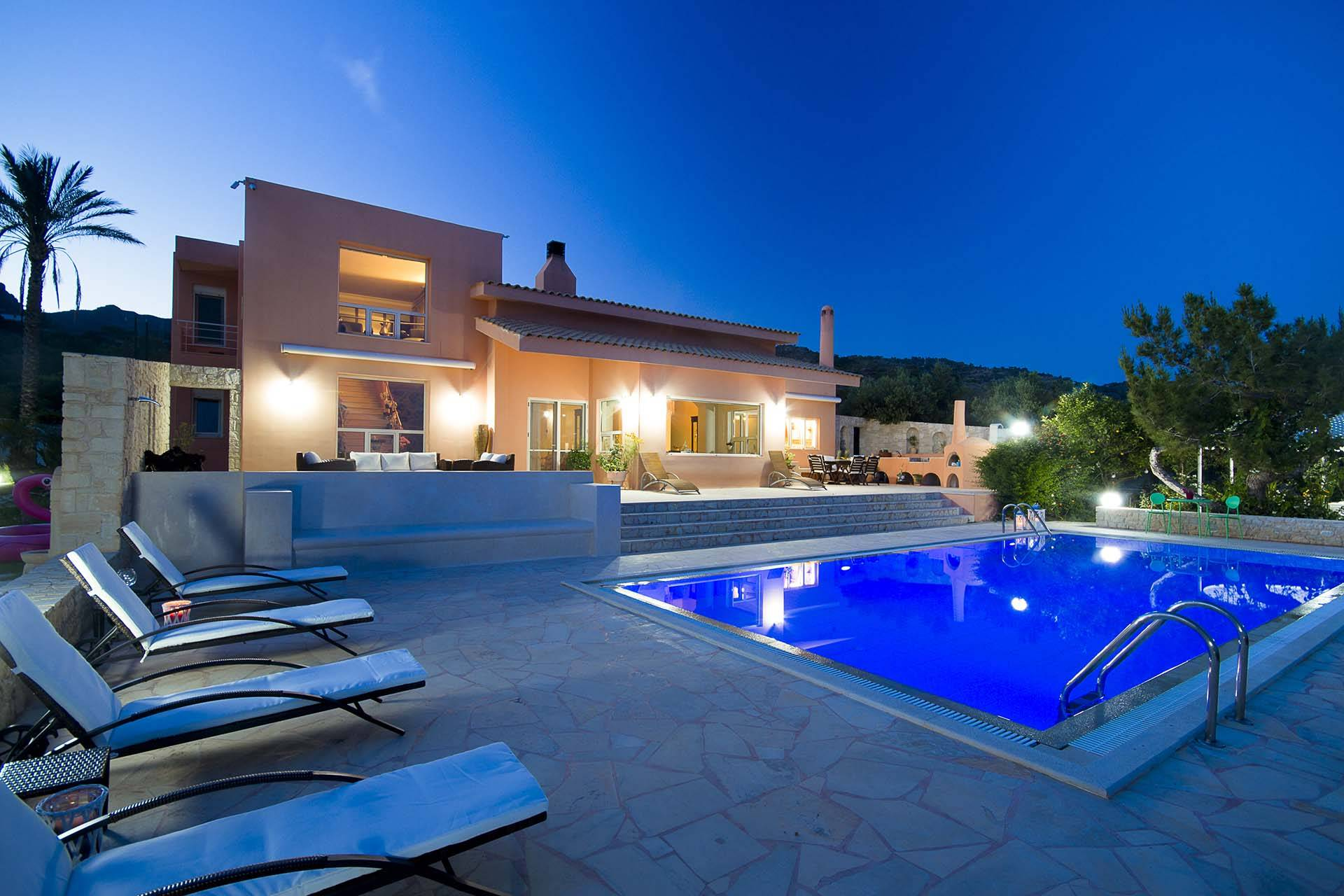 Crete luxury villa Ludisia in Ferma