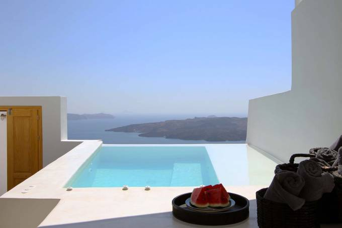 Santorini luxury villa Panthea in Fira