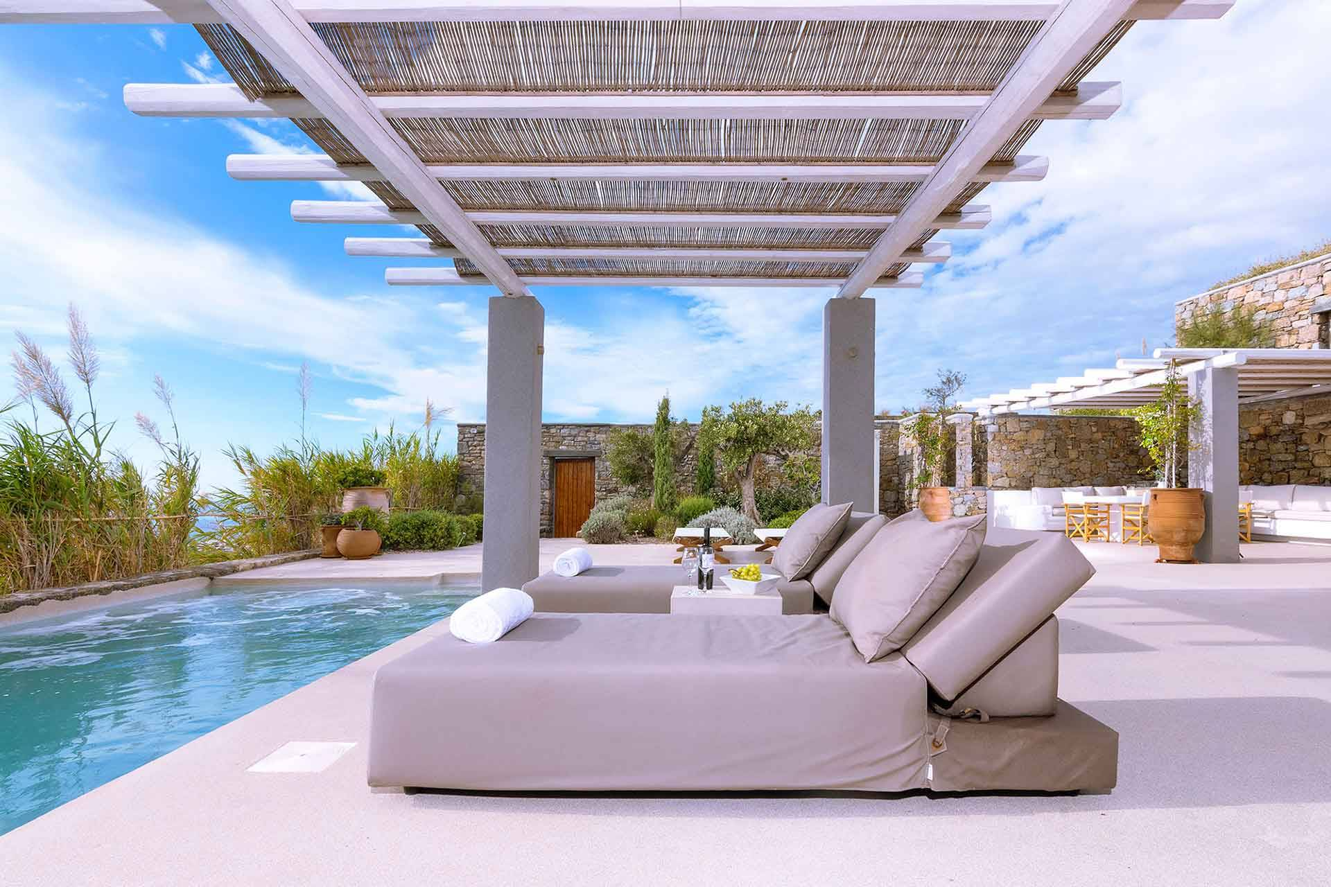 Mykonos luxury villa MKR in Kounoupas