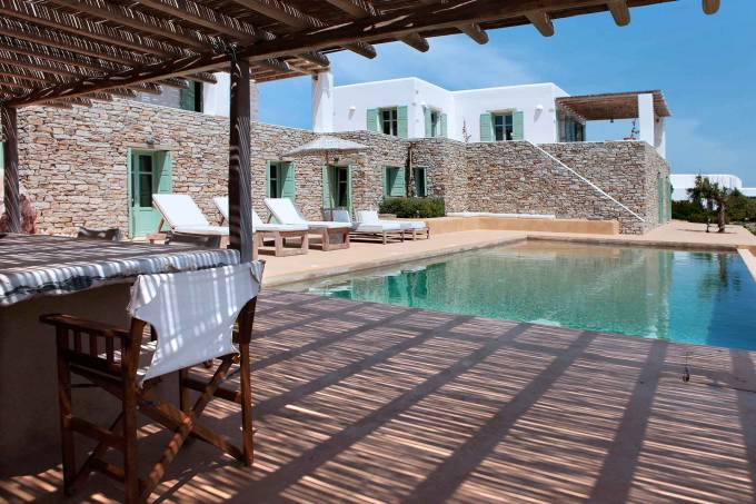 Antiparos luxury villa Laurentia in Magganies