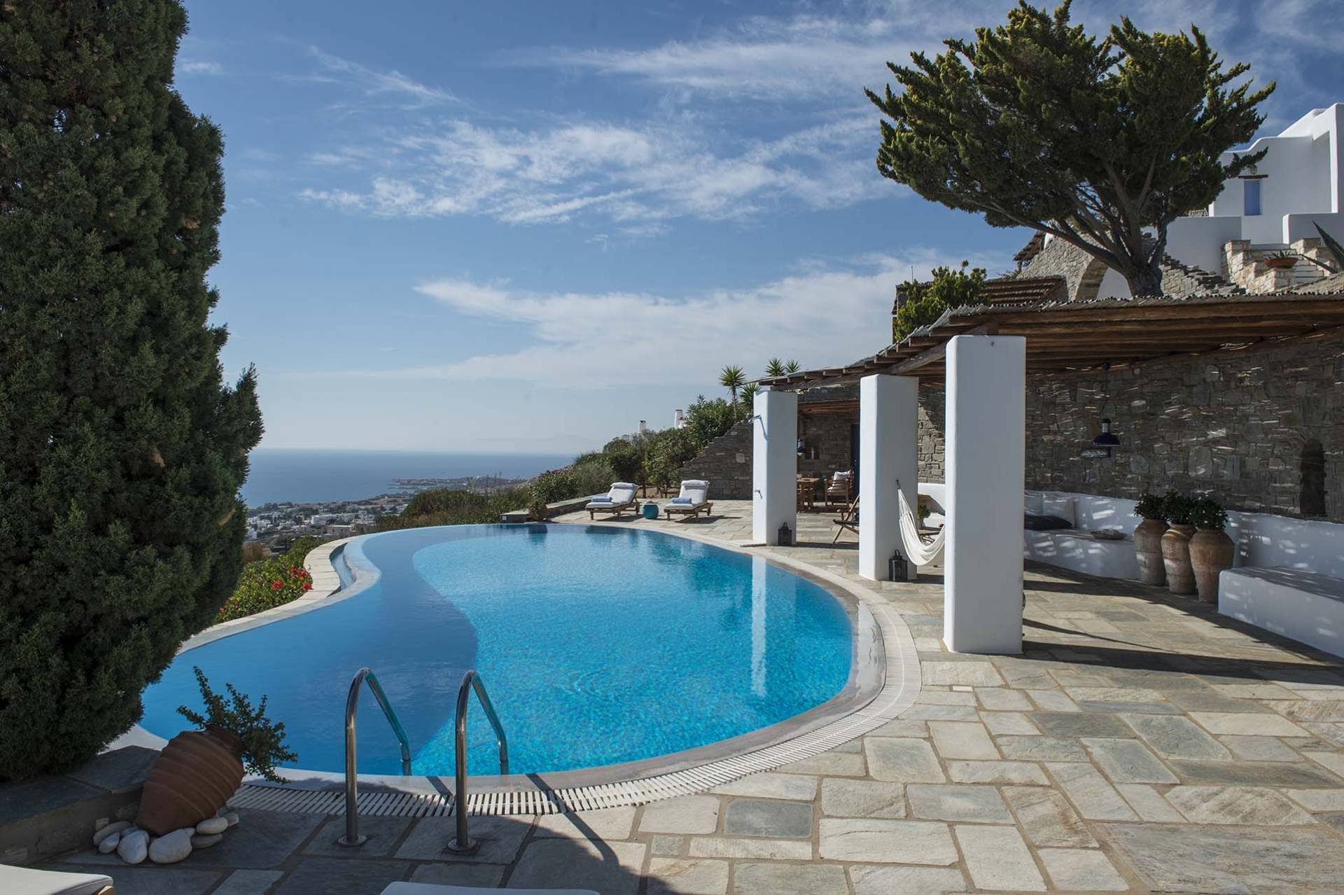 Paros luxury villa Pearl in Dryos