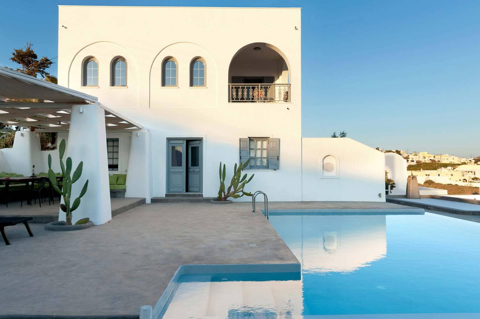 The Sky Mansion Villa In Santorini